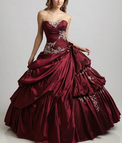 бордовое свадебное платье, осенняя свадьба, невеста