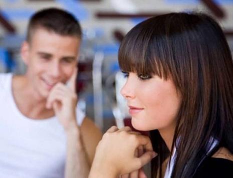 невербальные признаки женской симпатии к мужчине