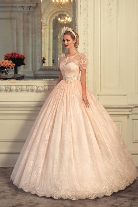 кружевное платье светло розового цвета