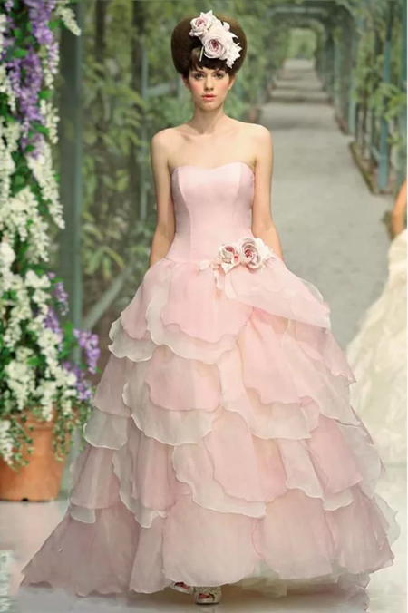 светло розовое свадебное