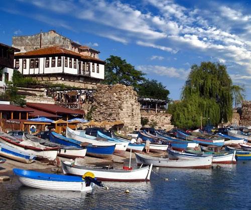 Несебр, курорт в Болгарии, фото
