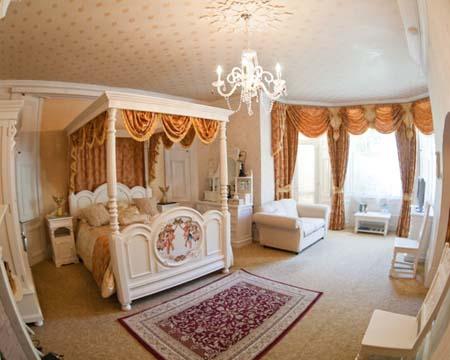 комната в отеле Enchanted Manor на острове Уайт