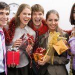 Подарки коллегам на Новый год 2019 — оригинальные идеи