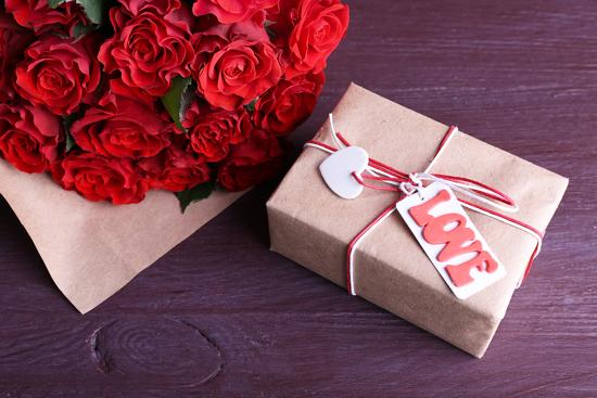 что подарить на 14 февраля девушке - идеи для подарка