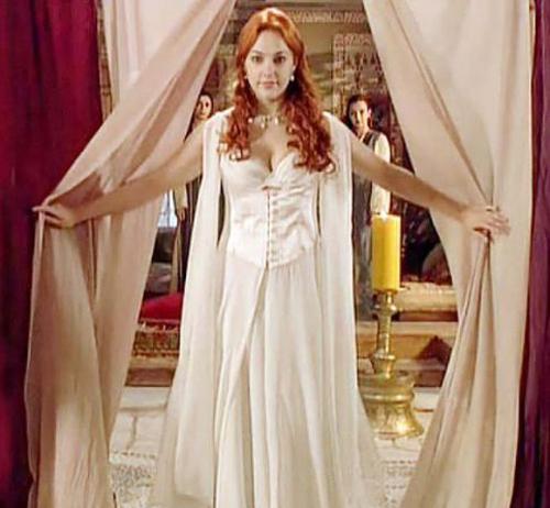 платья хюррем - белое платье