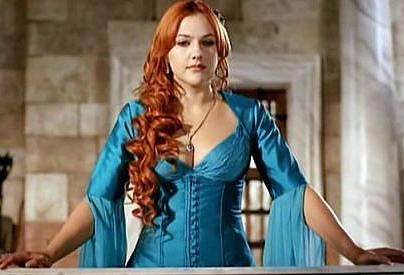 хюррем в голубом платье