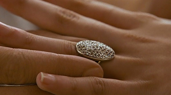 знаменитые драгоценности из фильмов- кольцо беллы свон из фильма сумерки (1)