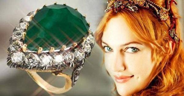 знаменитые драгоценности из фильмов- кольцо хюррем султан из сериала великолепный век (1)