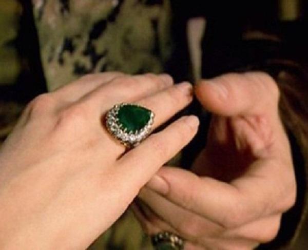 изумрудное кольцо хюррем - великолепный век
