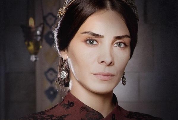 махидевран султан в сериале великолепный век