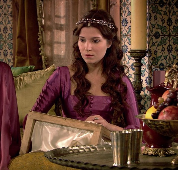 хатидже султан в сериале великолепный век