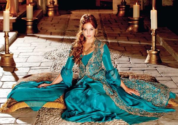 хюррем в голубом платье - великолепный век