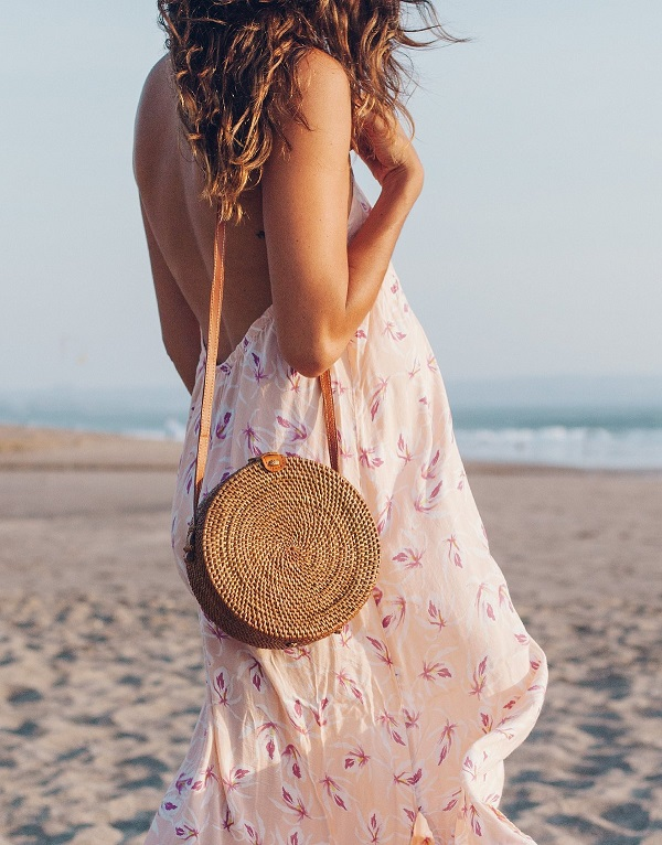 соломенная сумка, с чем носить, фото образов для лета