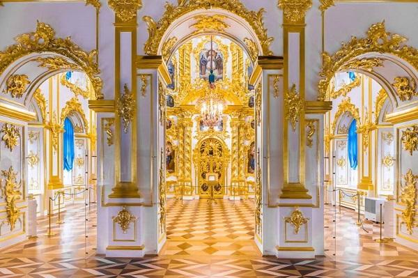 петергоф, церковный корпус, фото - советы туристам