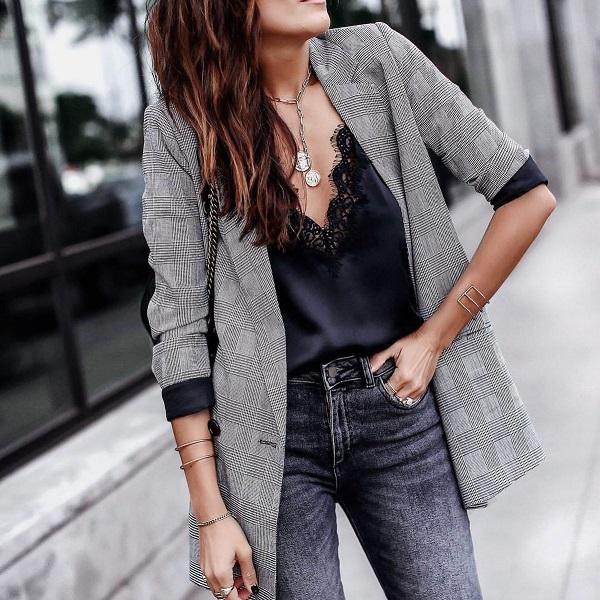 модный осенний пиджак с подвернутыми рукавами, осень 2019