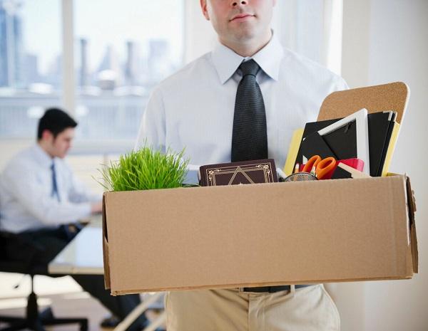 увольнение по собственному желанию, как правильно написать заявление, какие выплаты положены при увольнении
