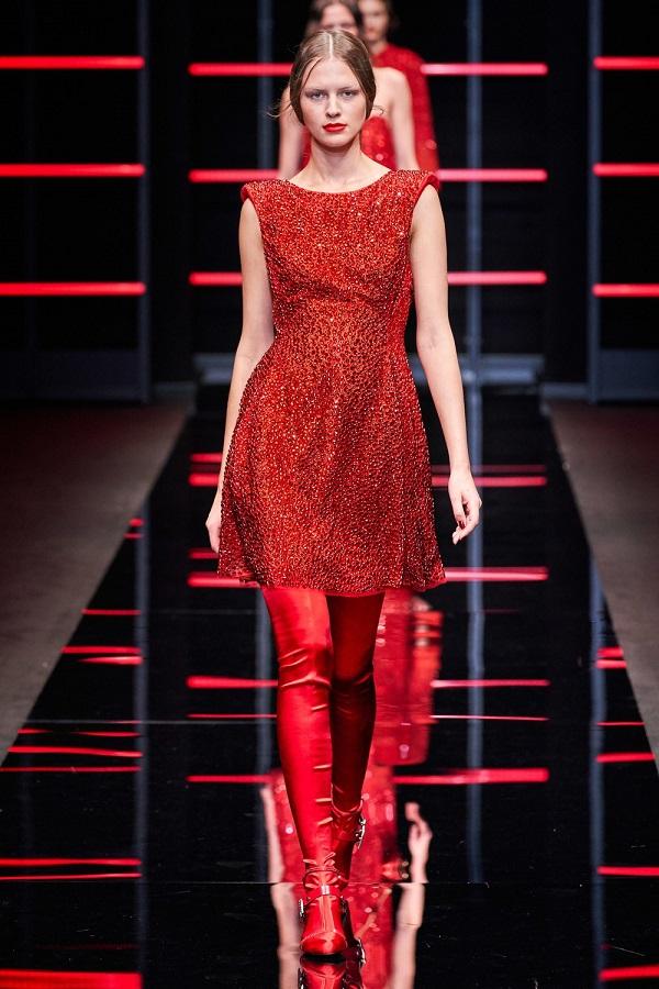 платье из модной коллекции Emporio Armani, фото