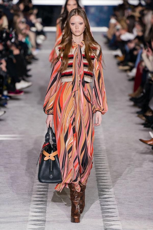 платье из модной коллекции Longchamp