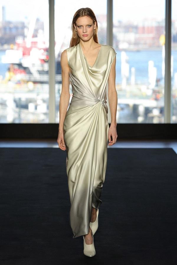 платье из модной коллекции Narciso Rodrigues