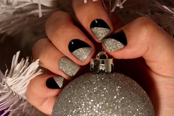 маникюр на новый год серебристый с черным