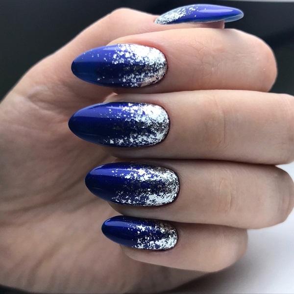 синий с серебром маникюр на новый год
