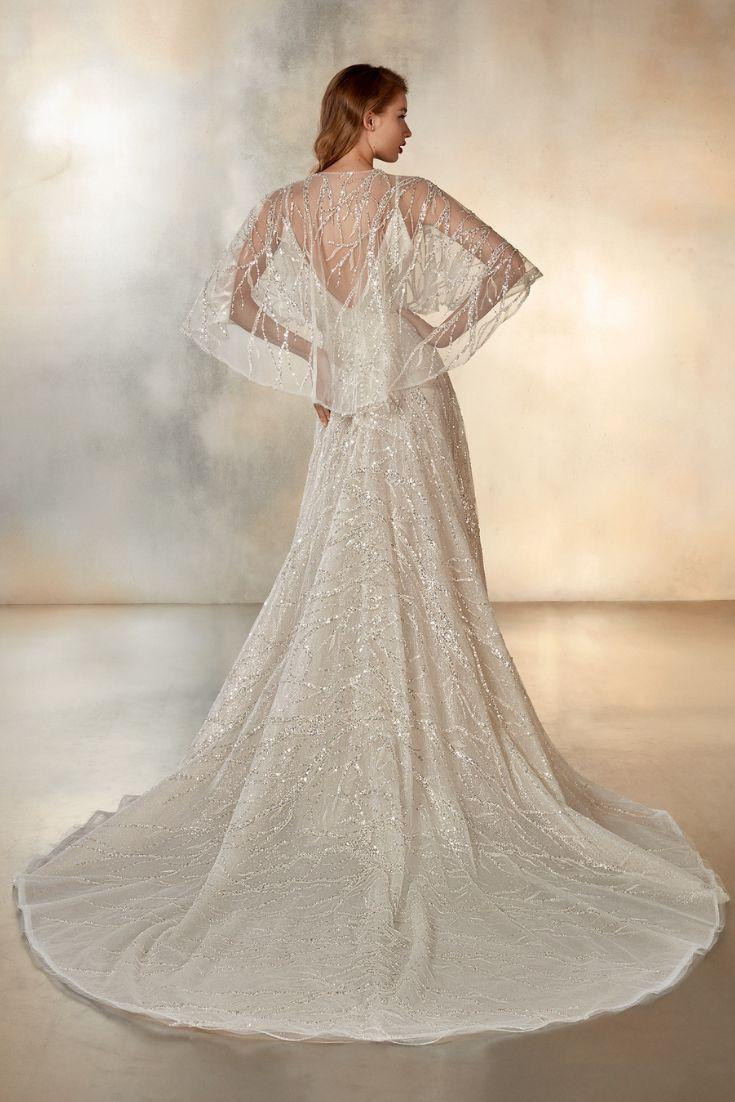 свадебное платье с накидкой - мода для невесты весна лето 2020