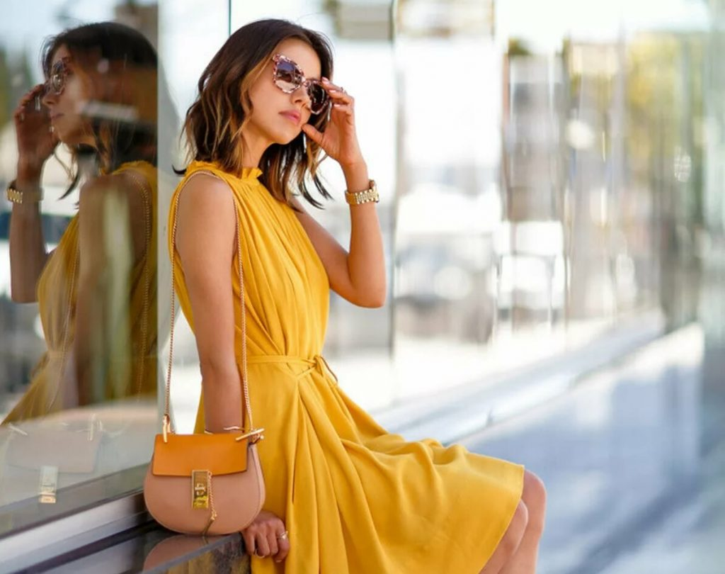 желтое платье, с чем носить, летние образы