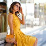 Желтое платье — 12 модных летних образов