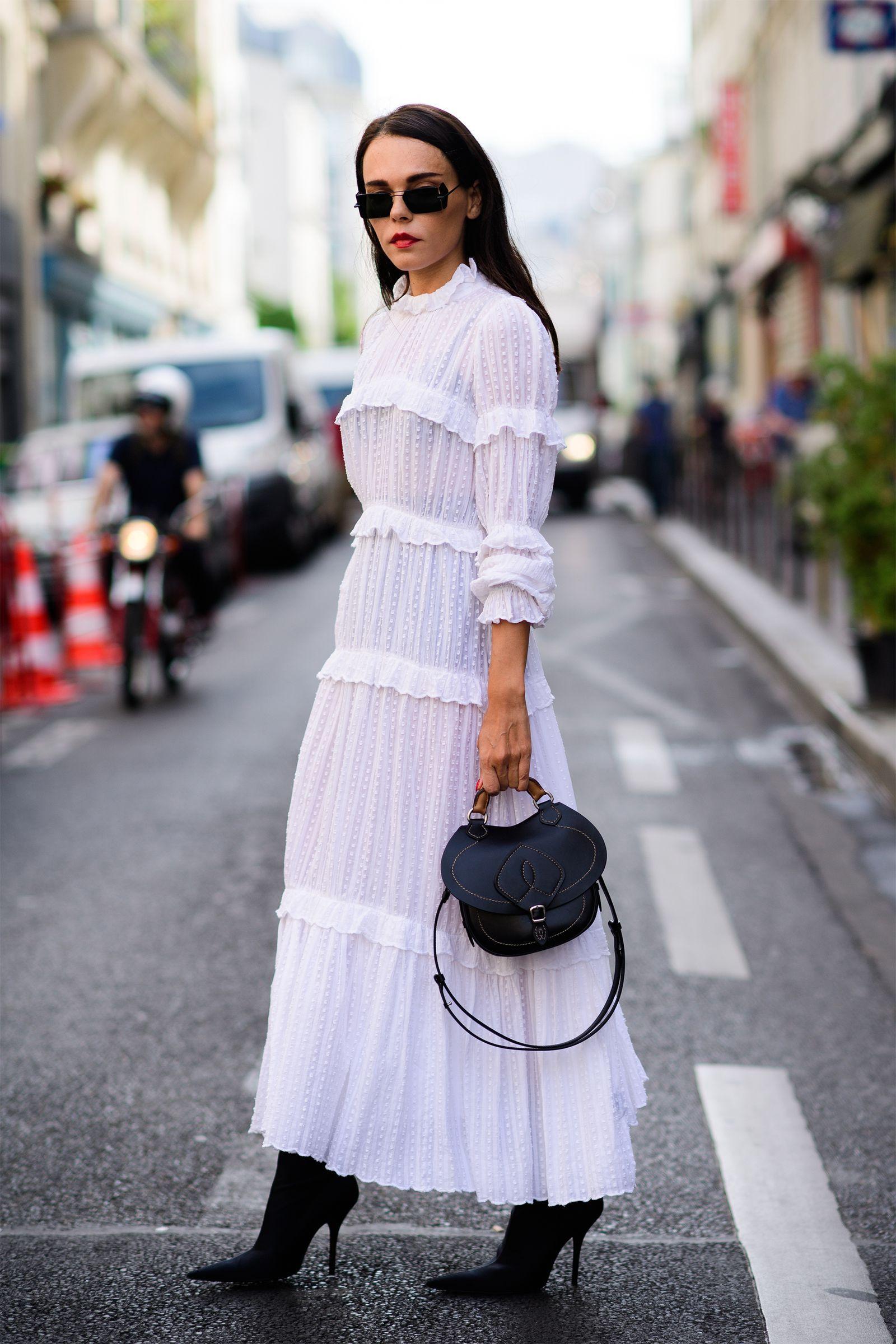 белое платье длины макси