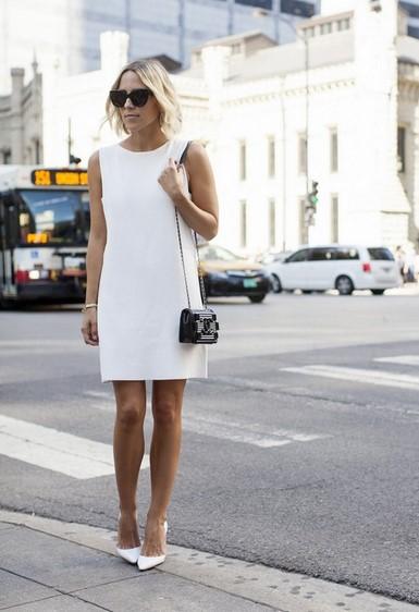маленькое белое платье футляр